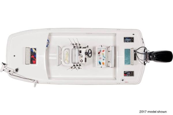 2018 Mako boat for sale, model of the boat is Pro Skiff 19 CC & Image # 8 of 9