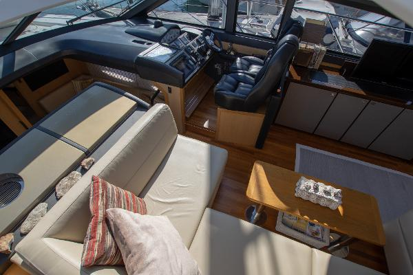 Princess Motor Yacht Sales - Used Princess V52