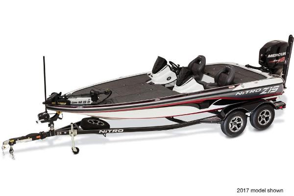 2018 Nitro boat for sale, model of the boat is Z19 Z-Pro Package & Image # 4 of 9