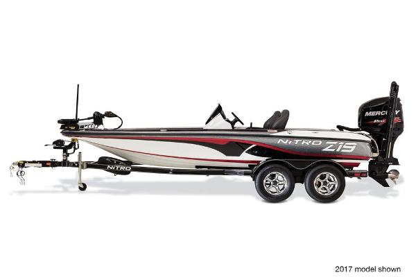 2018 Nitro boat for sale, model of the boat is Z19 Z-Pro Package & Image # 5 of 9