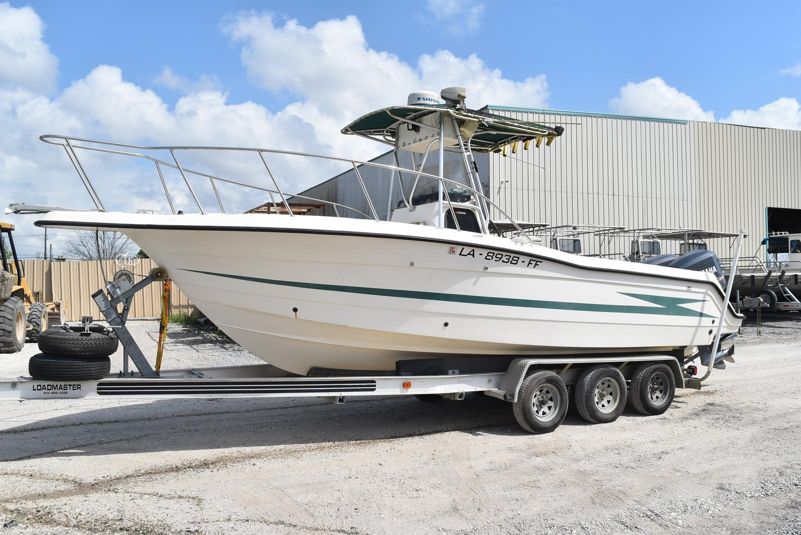 1999 Hydra-Sports boat for sale, model of the boat is 2650 & Image # 1 of 18
