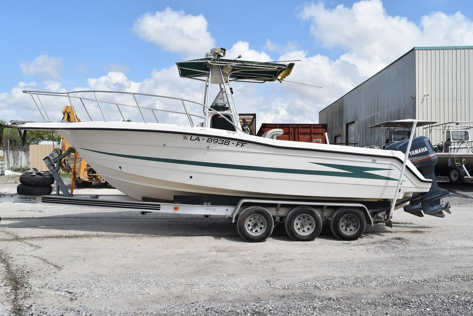 1999 Hydra-Sports boat for sale, model of the boat is 2650 & Image # 2 of 18