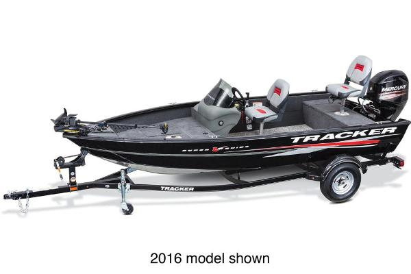 2017 Tracker Boats Super Guide V-16 Sc