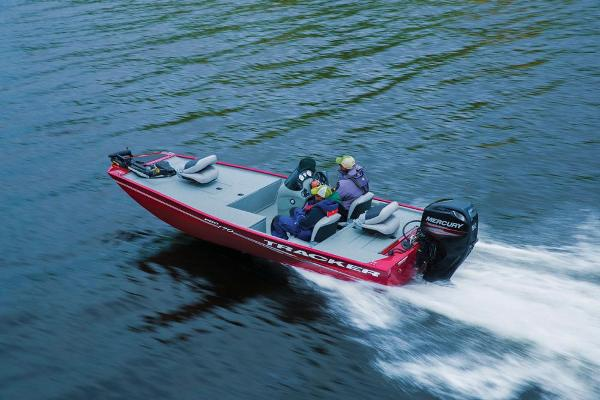 2017 Tracker Boats boat for sale, model of the boat is Pro 170 & Image # 3 of 36