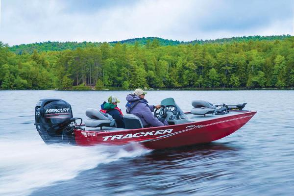 2017 Tracker Boats boat for sale, model of the boat is Pro 170 & Image # 4 of 36