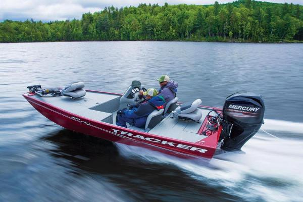 2017 Tracker Boats boat for sale, model of the boat is Pro 170 & Image # 5 of 36