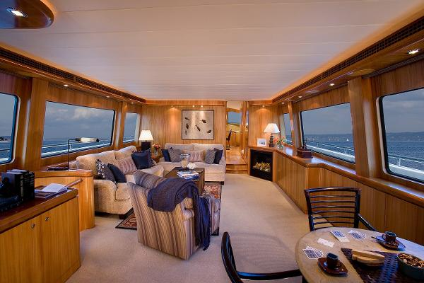 Picture Of:  92' Horizon Skylounge Cockpit Motor Yacht 2003Yacht For Sale | 3 of 34