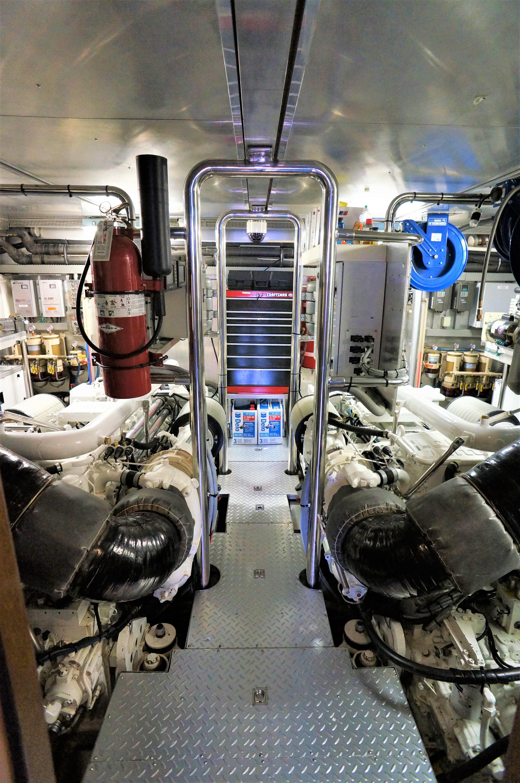 Boat Engine Room: Mary's Promise IV Horizon 2003 Skylounge Cockpit Motor