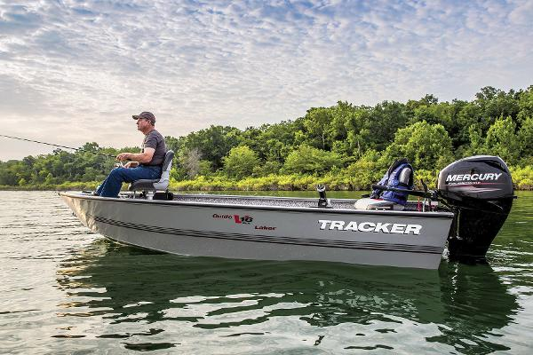 2016 Tracker Boats boat for sale, model of the boat is Guide V-16 Laker DLX T & Image # 3 of 11