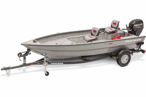 2016 Tracker Boats boat for sale, model of the boat is Guide V-16 Laker DLX T & Image # 1 of 11