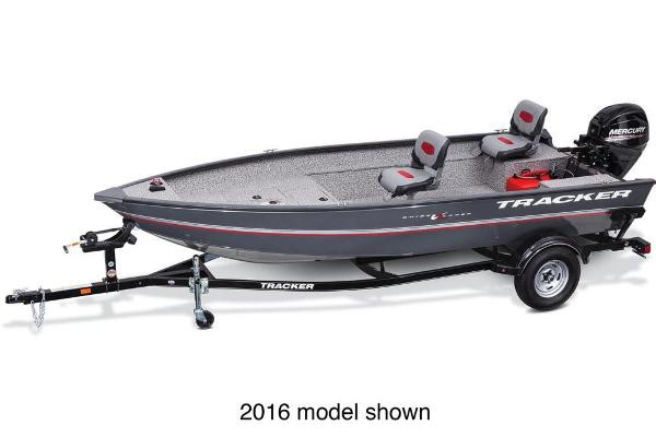 2017 Tracker Boats boat for sale, model of the boat is Guide V-16 Laker DLX T & Image # 1 of 3