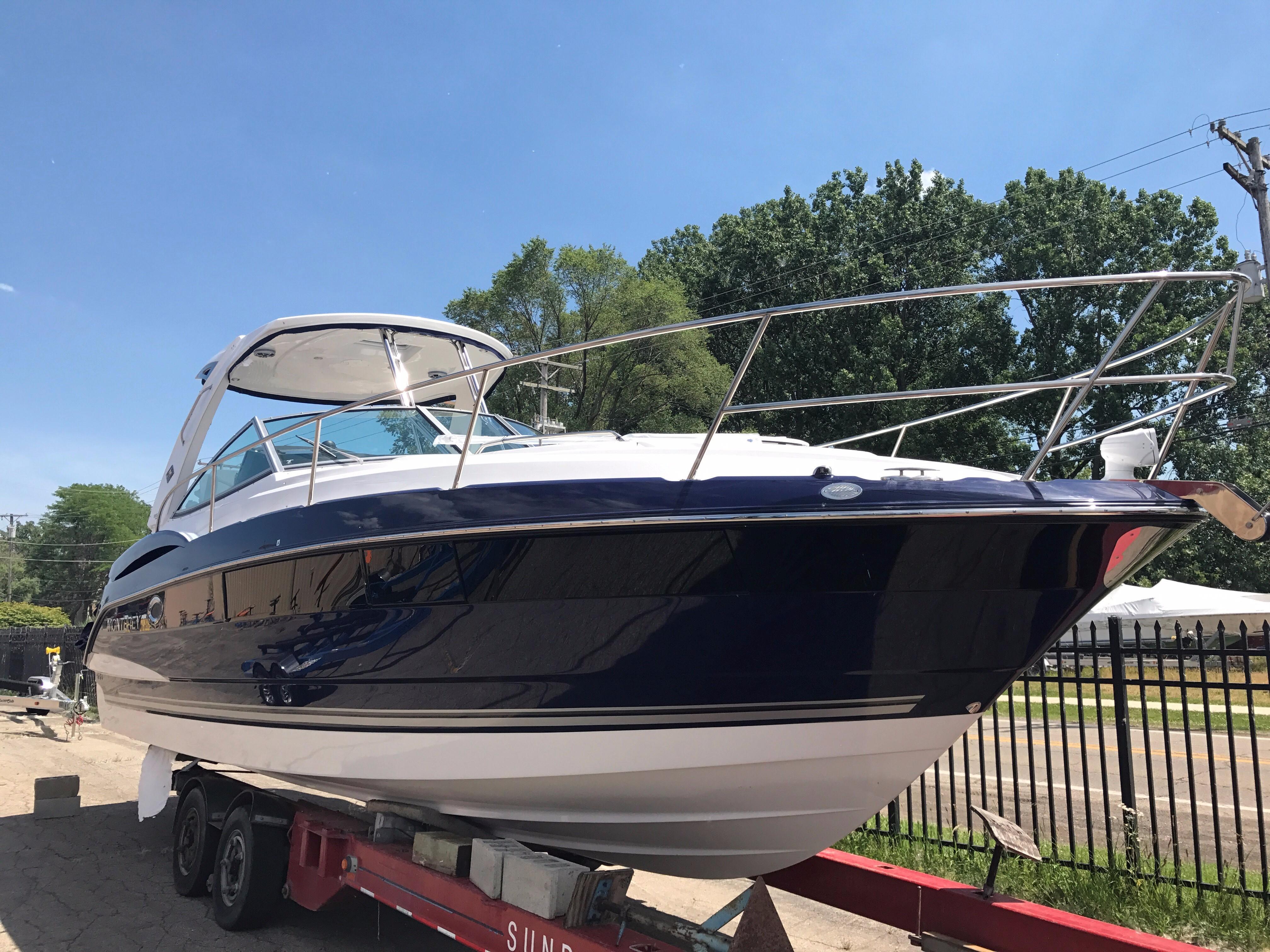 Monterey355 Sport Yacht