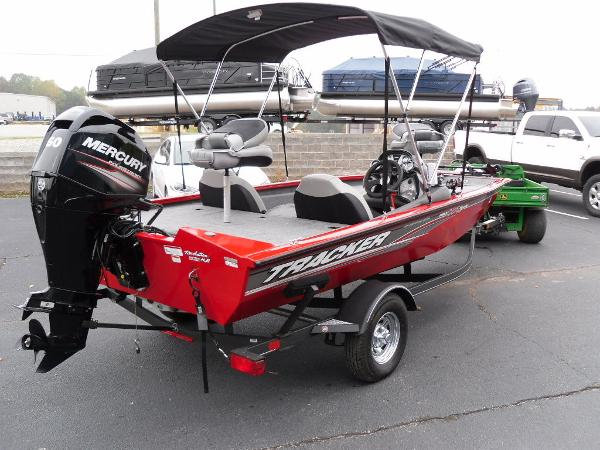 2018 Tracker Boats boat for sale, model of the boat is Pro Team™ 175 TXW & Image # 10 of 32
