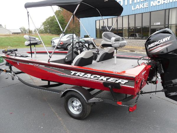 2018 Tracker Boats boat for sale, model of the boat is Pro Team™ 175 TXW & Image # 21 of 32