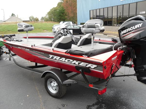 2018 Tracker Boats boat for sale, model of the boat is Pro Team™ 175 TXW & Image # 24 of 32
