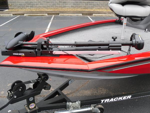 2018 Tracker Boats boat for sale, model of the boat is Pro Team™ 175 TXW & Image # 25 of 32