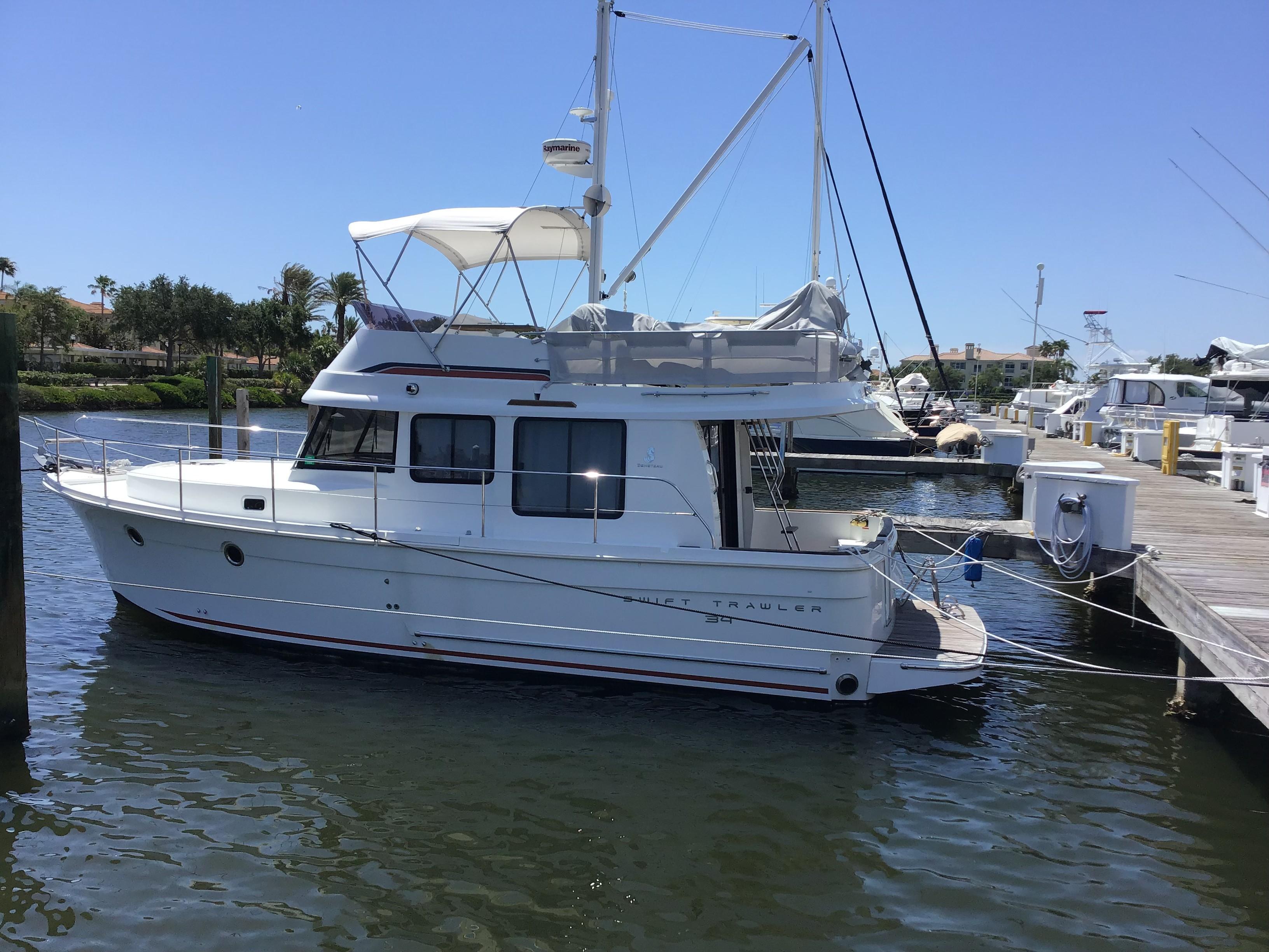 2014 Beneteau Swift Trawler 34 Yacht For Sale In Vero Beach Fl New Horizons