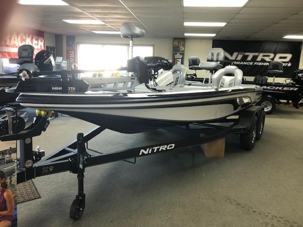 2021 Nitro boat for sale, model of the boat is Z18 & Image # 1 of 58
