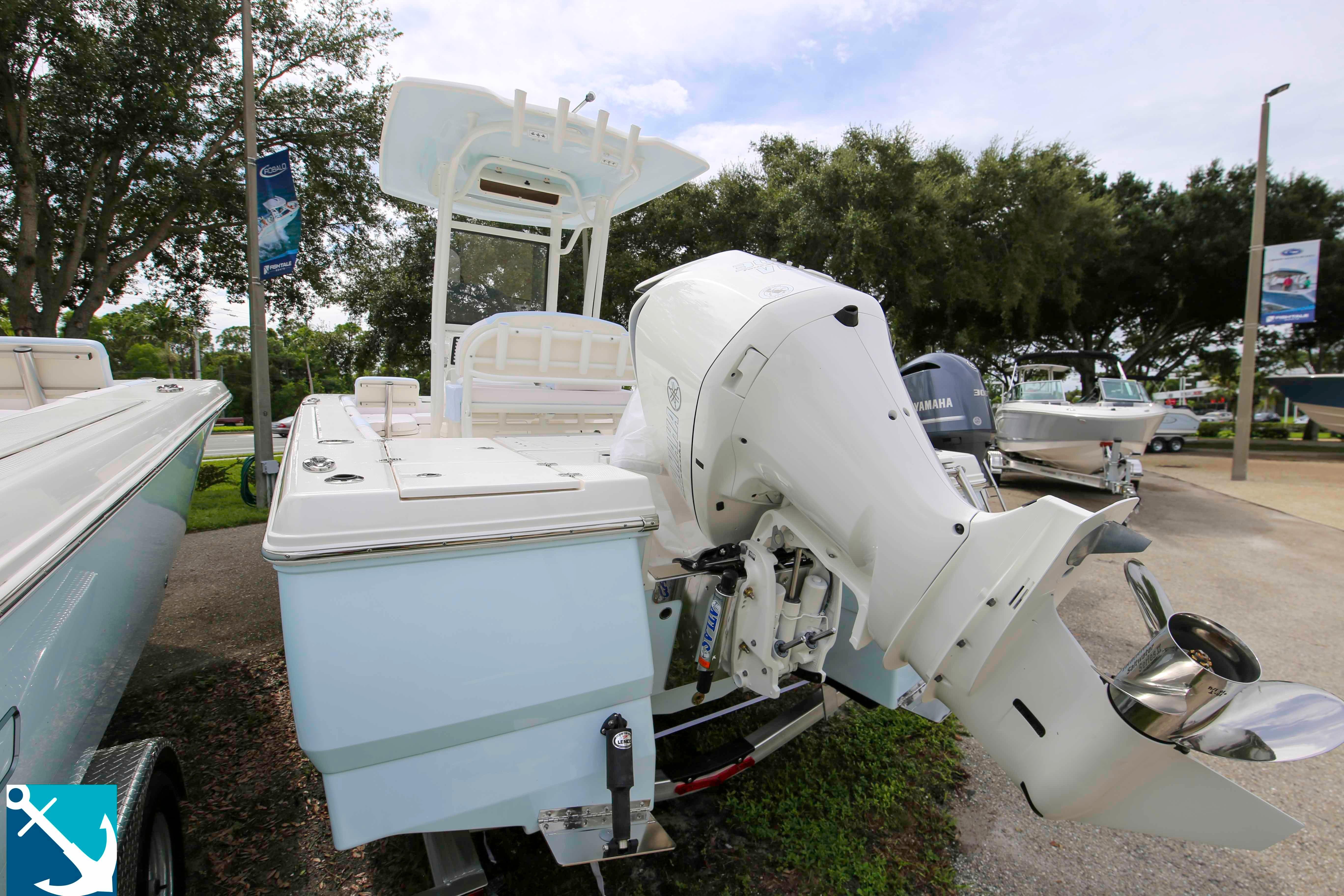 Robalo 246 Cayman 2020 4