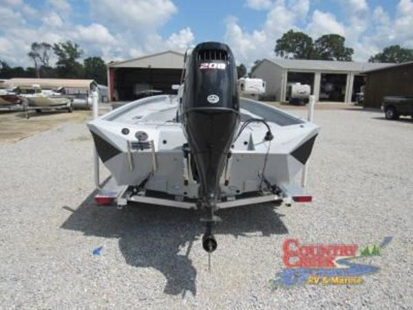 2019 Excel boat for sale, model of the boat is 230 Bay & Image # 4 of 15