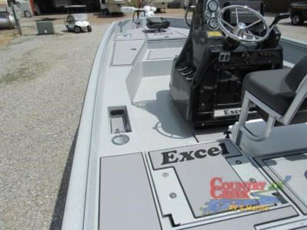 2019 Excel boat for sale, model of the boat is 230 Bay & Image # 7 of 15