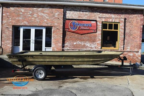 2020 Tracker Boats boat for sale, model of the boat is GRIZZLY® 1860 Jon & Image # 2 of 19