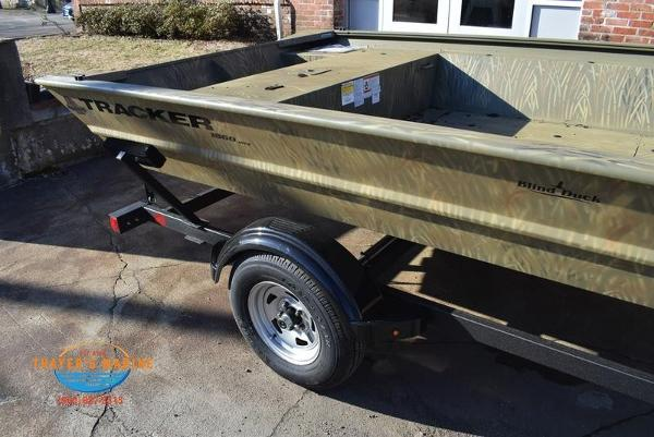 2020 Tracker Boats boat for sale, model of the boat is GRIZZLY® 1860 Jon & Image # 8 of 19