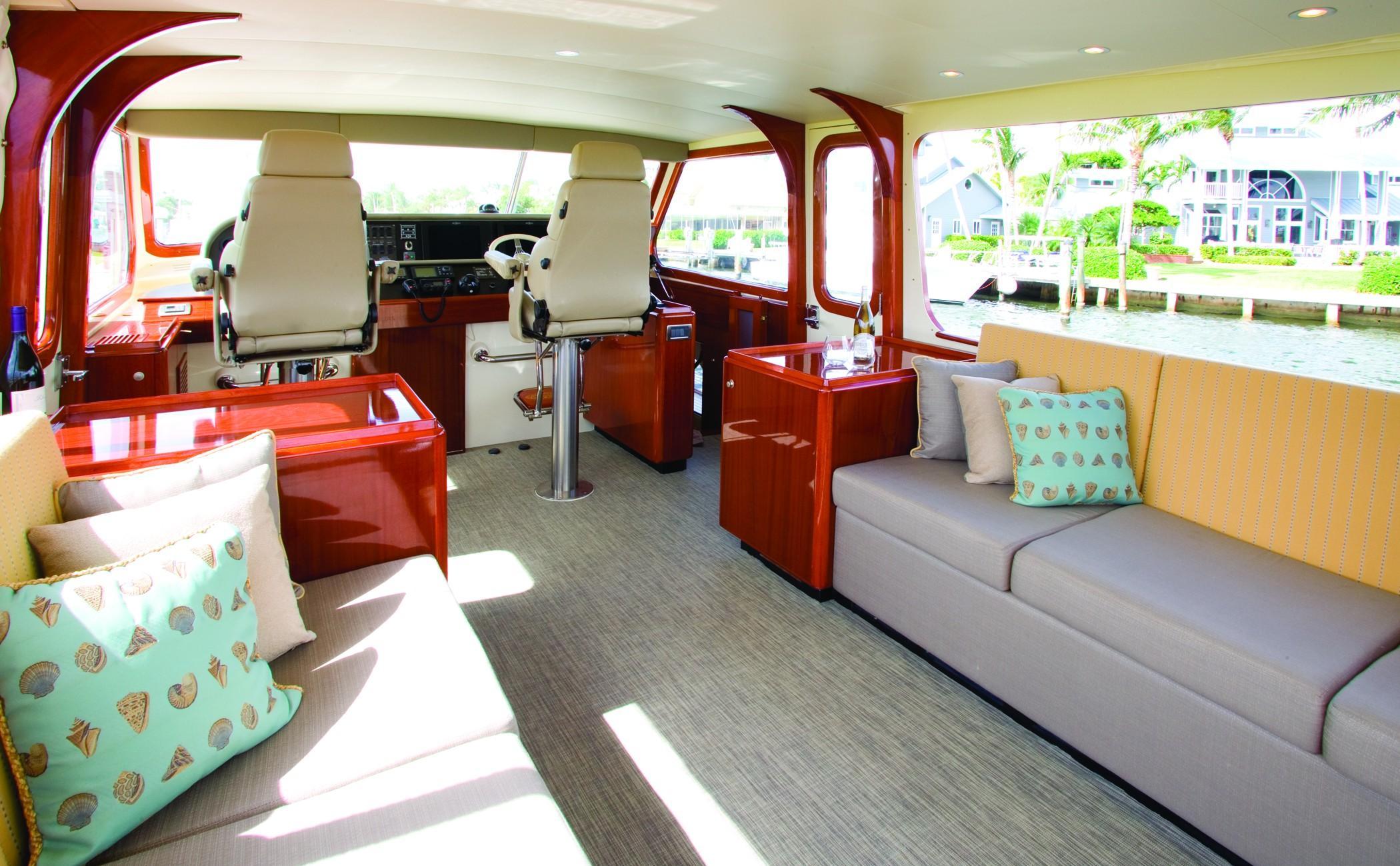 Luxurious bridge deck