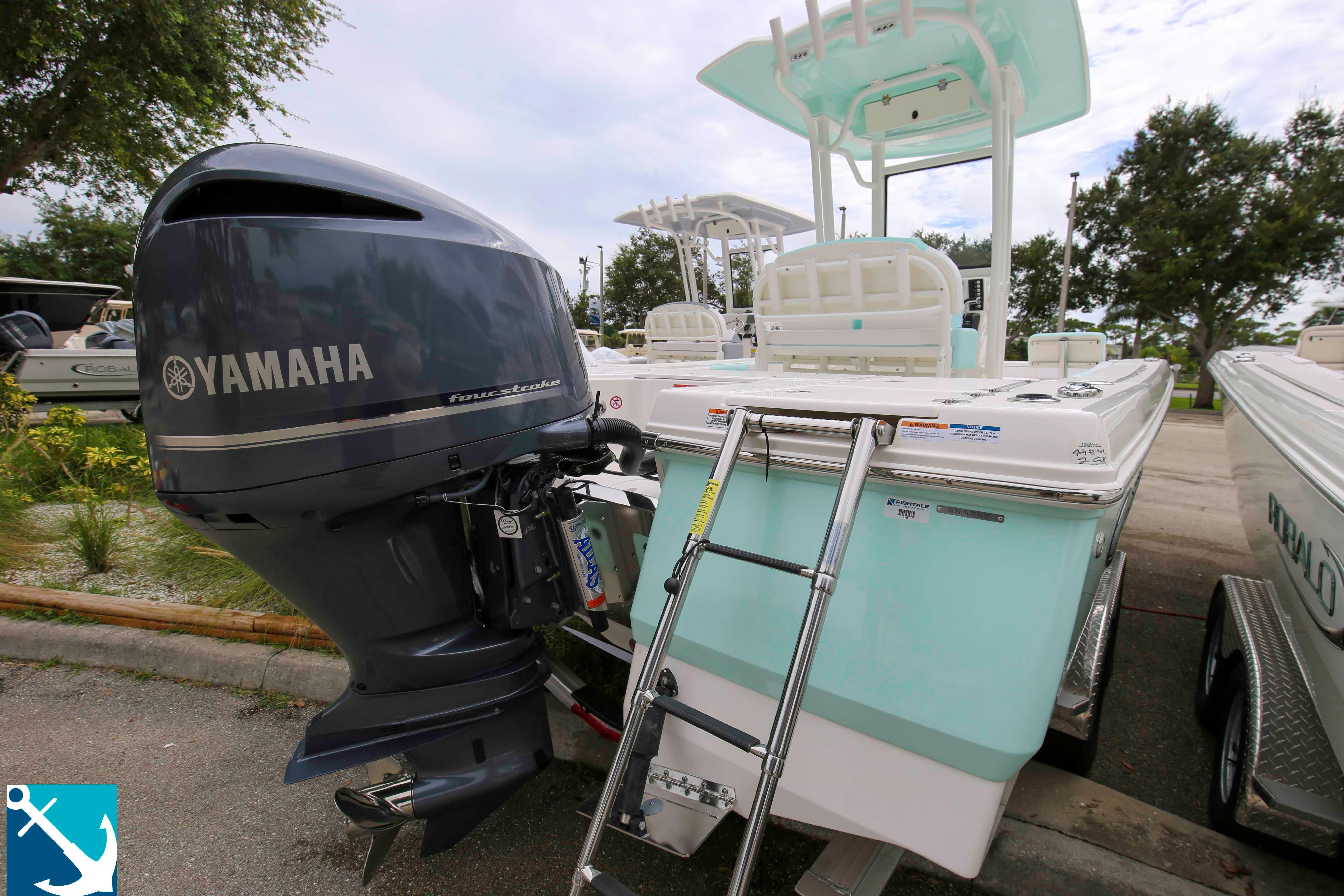 Robalo 246 Cayman 2020 3