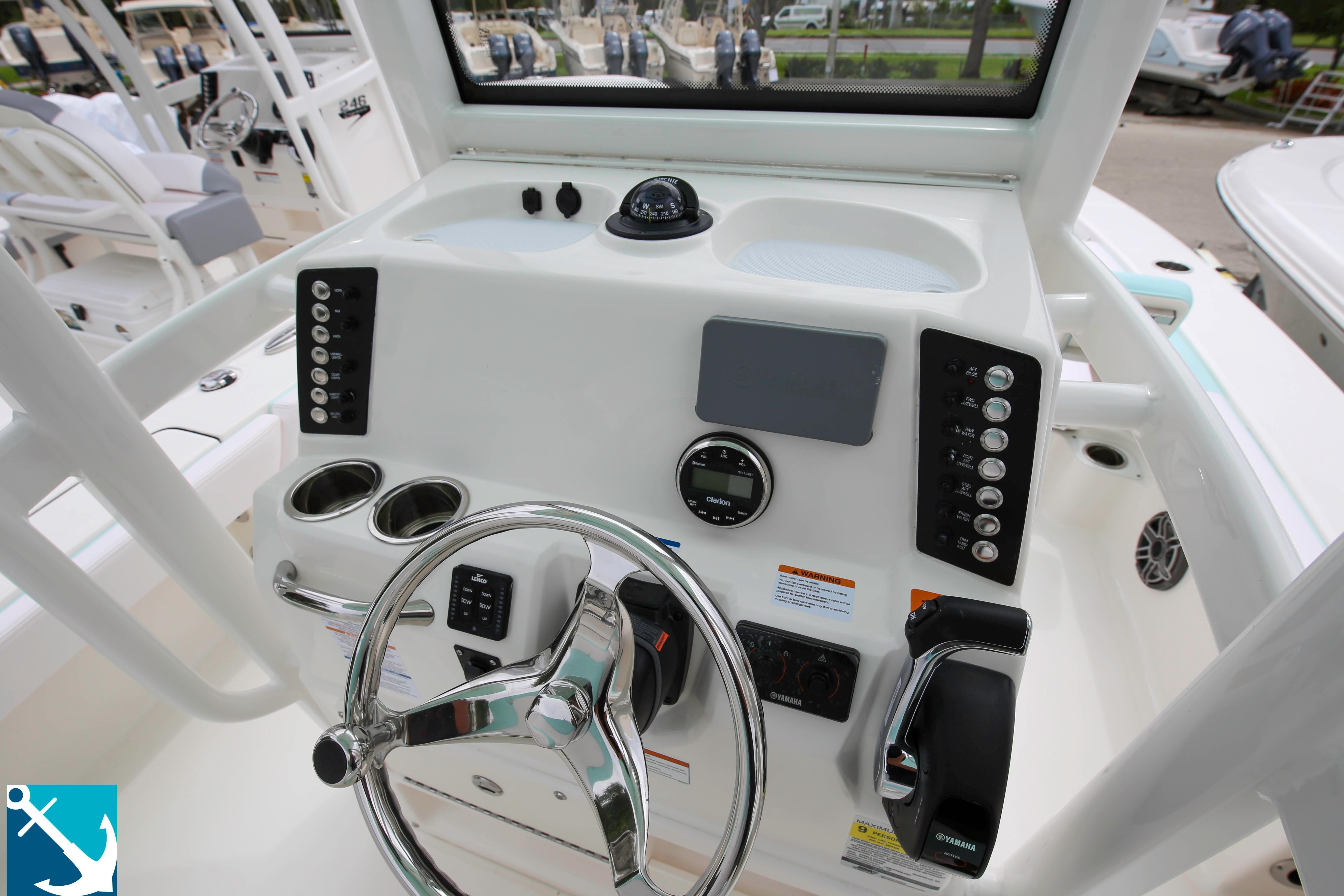 Robalo 246 Cayman 2020 10