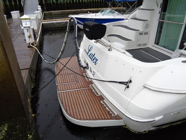 Sea Ray 400 Sedan Bridge - Swim Platform