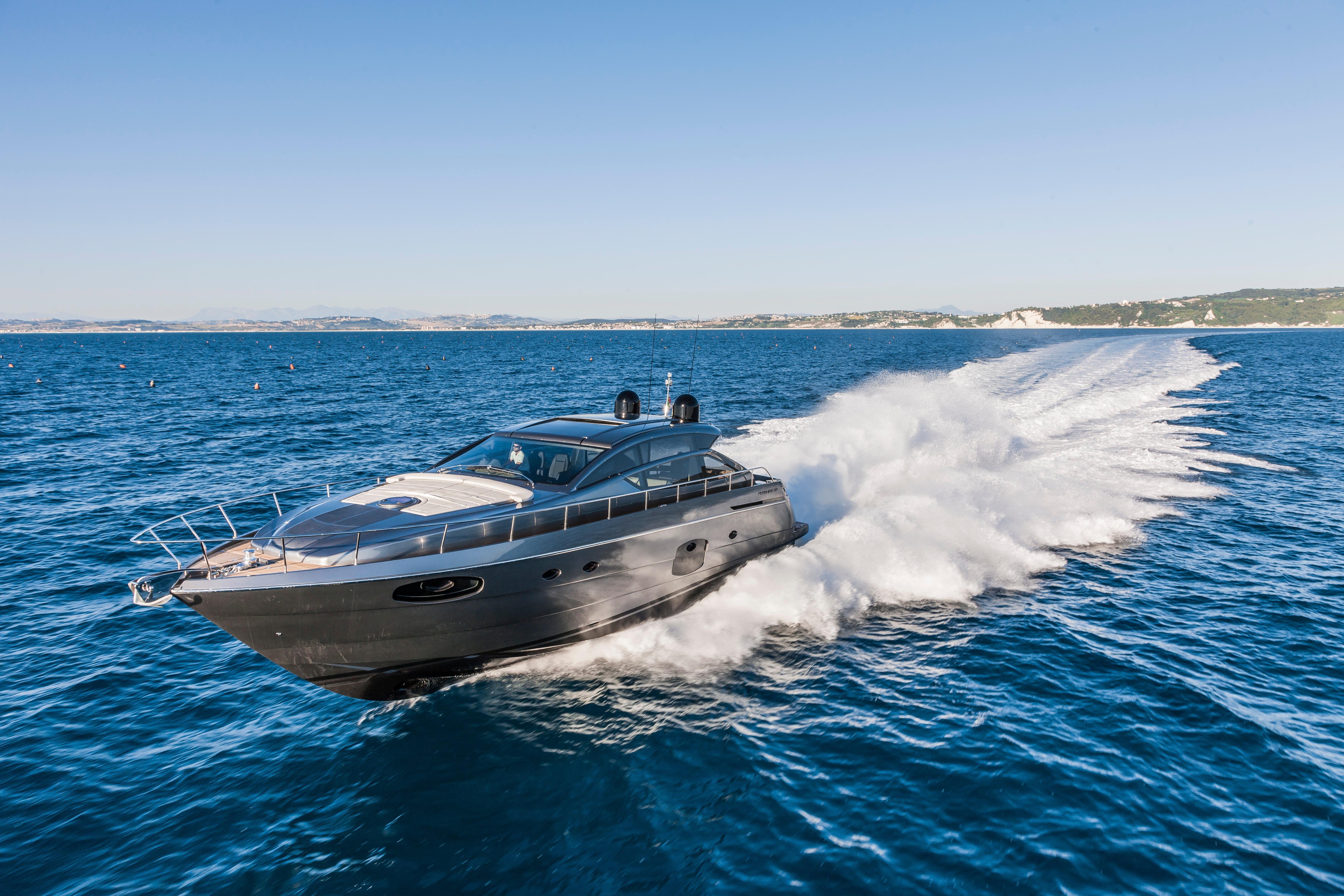 Manufacturer Provided Image: Pershing 62 Cruising