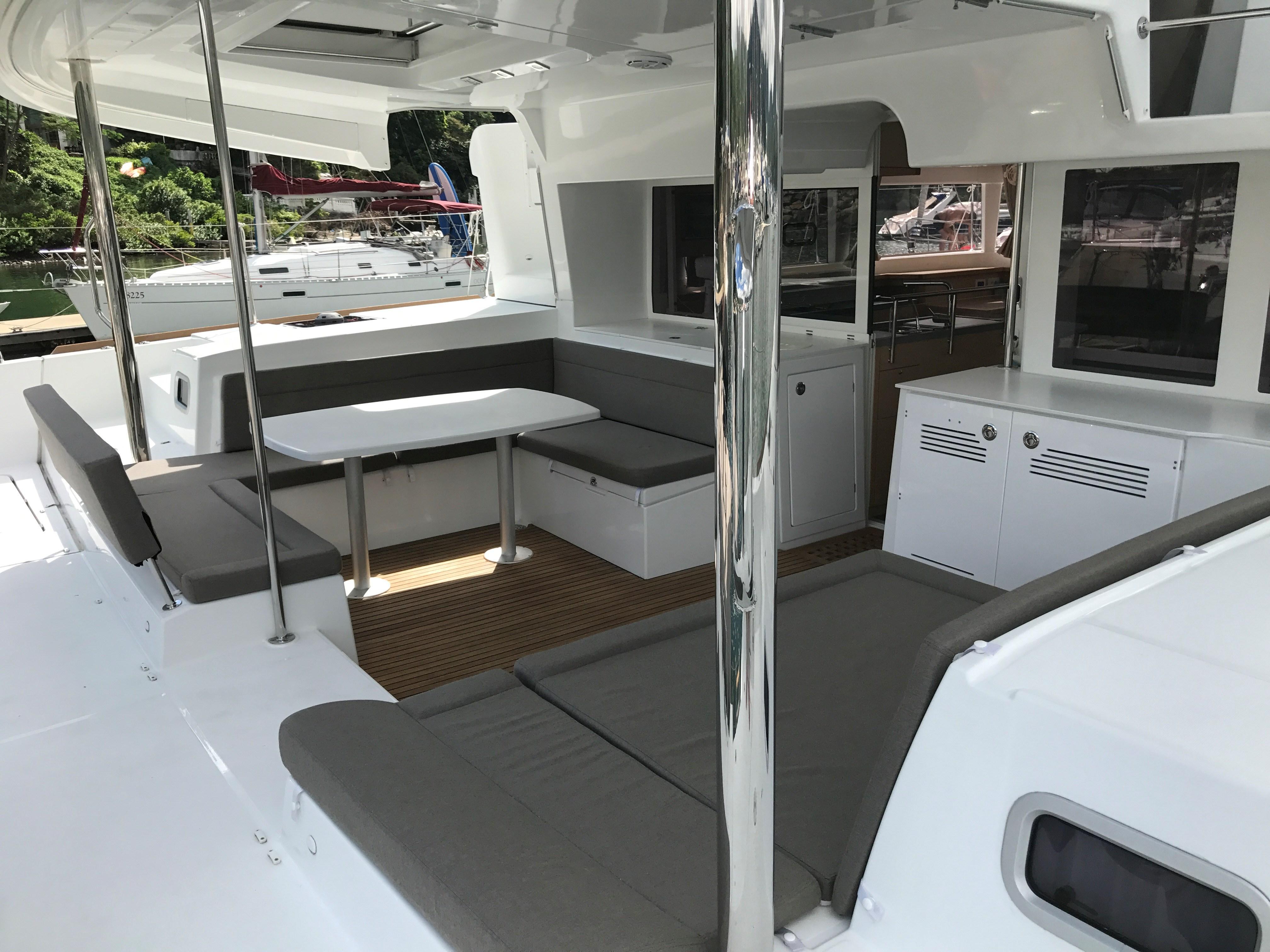 Lagoon 450 Cockpit