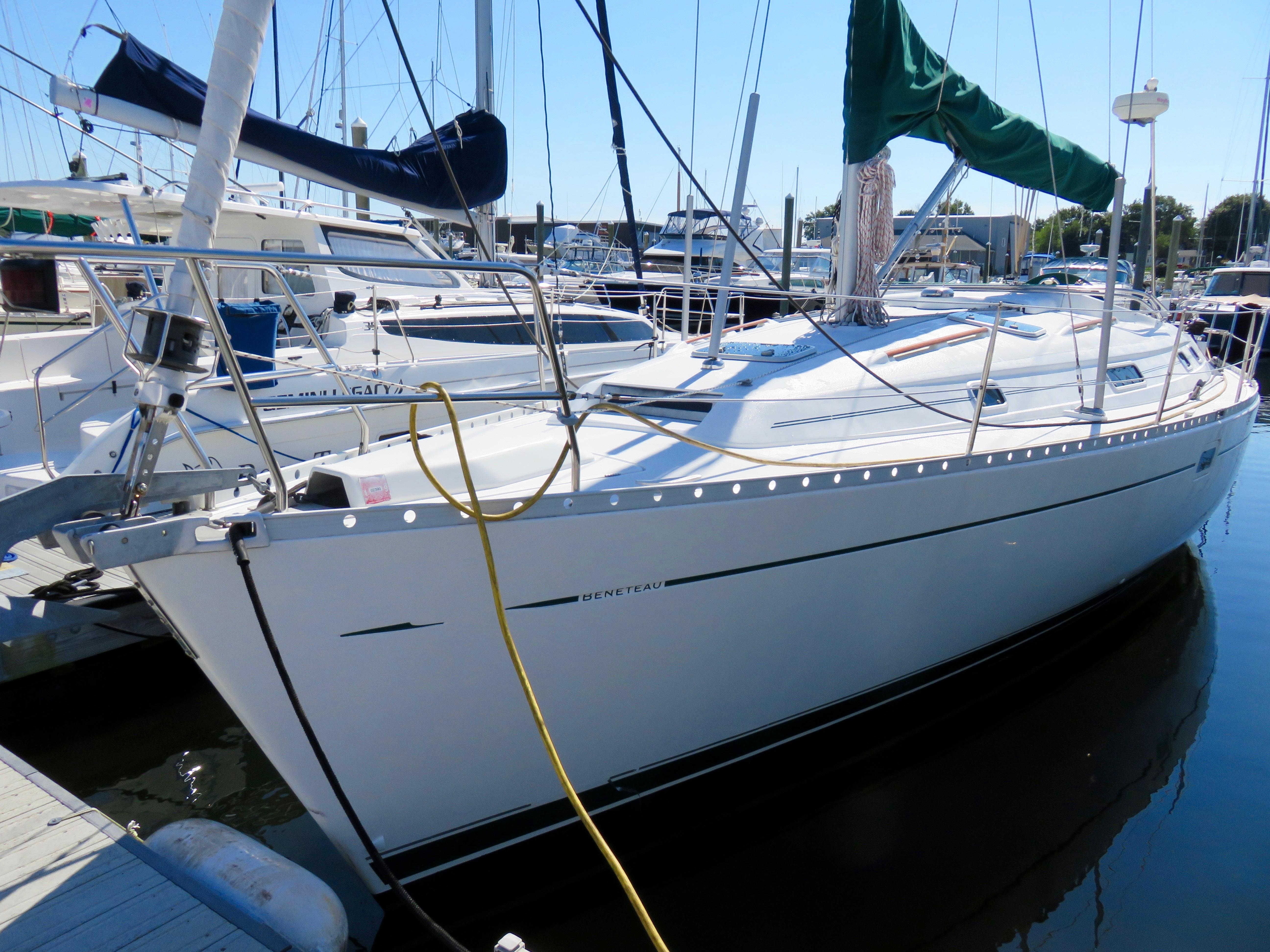 2001 381 Calypso   David Walters Yachts