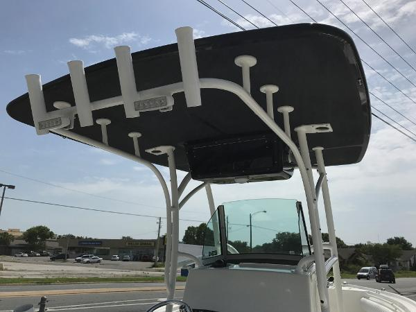 2017 Mako boat for sale, model of the boat is 234 CC & Image # 121 of 1300