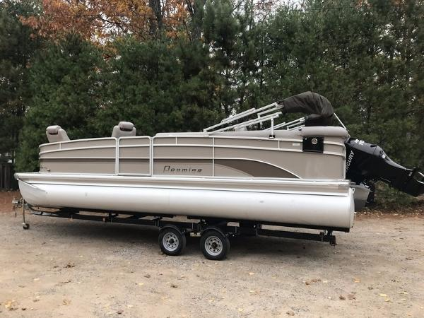 2011 PREMIER PONTOONS PONTOON 250 SUNSATION for sale