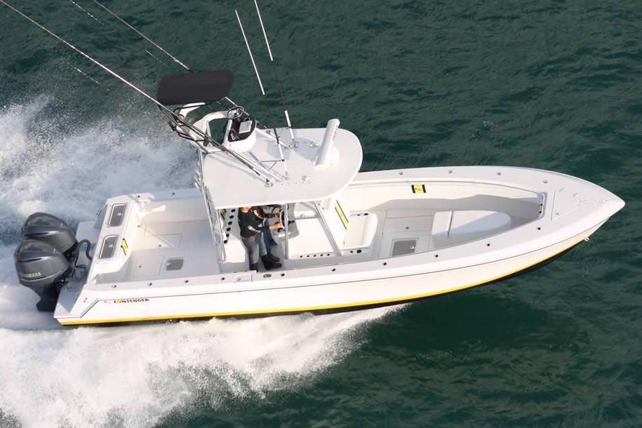 Contender 35 Stepped Hull
