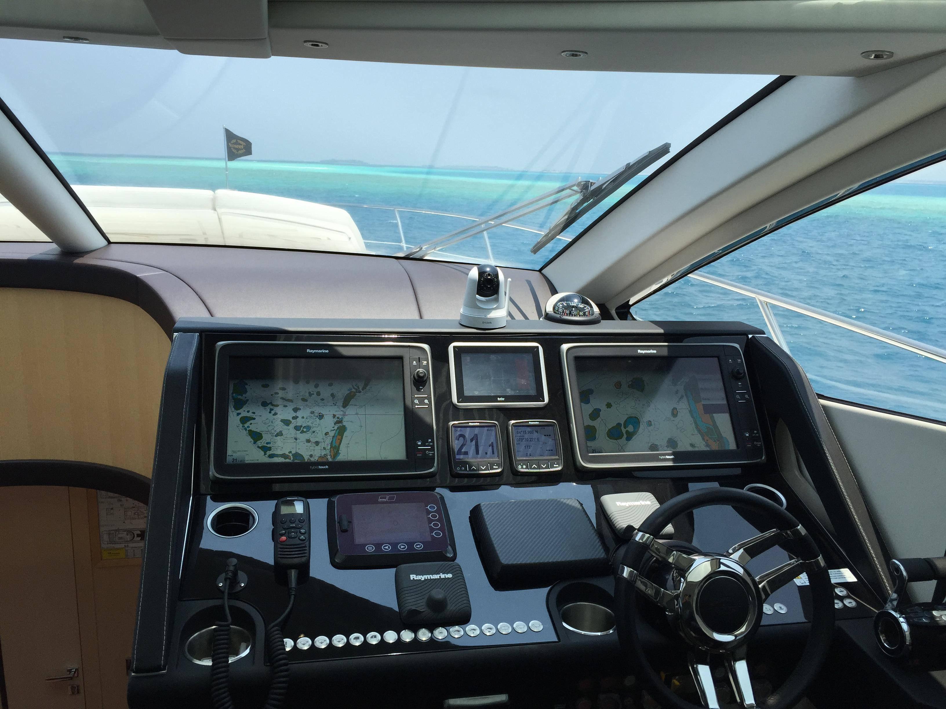 Sunseeker 68 Sport Yacht - Upgraded Raymarine package
