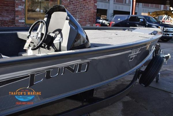 2020 Lund boat for sale, model of the boat is 2075 Pro-V Bass Bench Seating & Image # 12 of 50