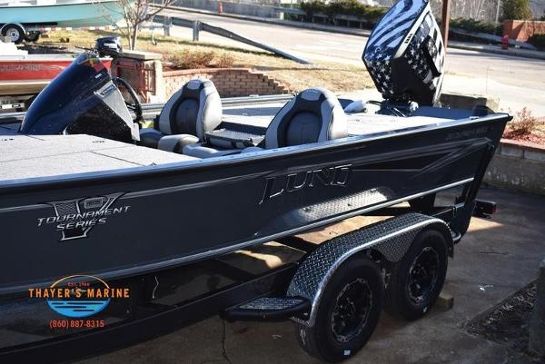 2020 Lund boat for sale, model of the boat is 2075 Pro-V Bass Bench Seating & Image # 15 of 50
