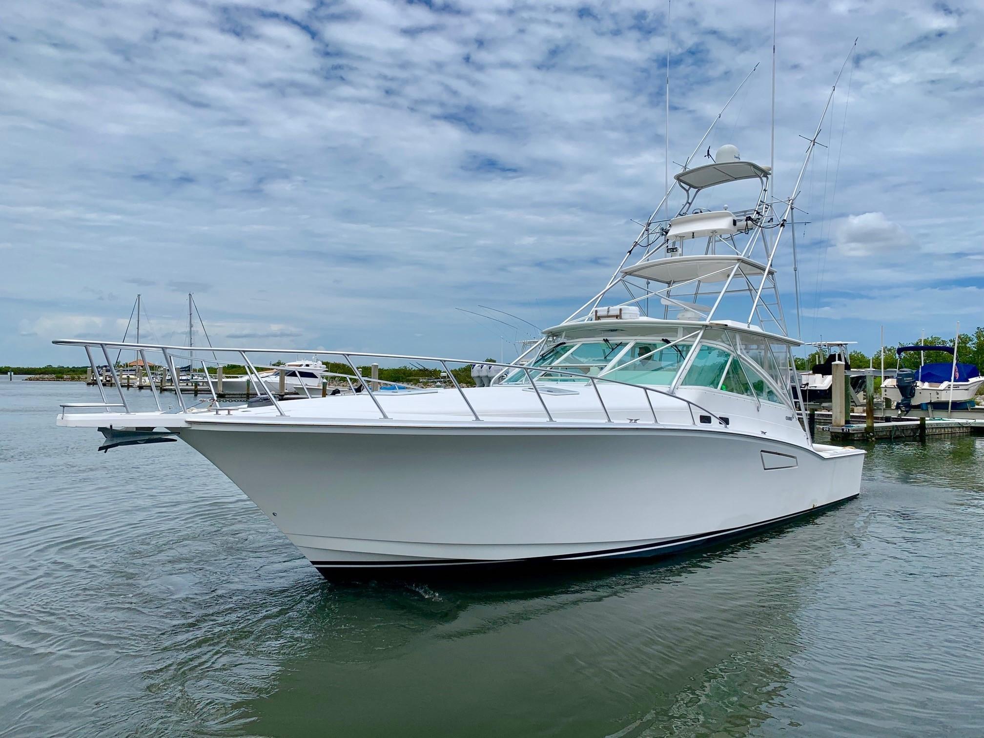 45 Cabo Yachts 2001 Jacksonville Beach | Denison Yacht Sales