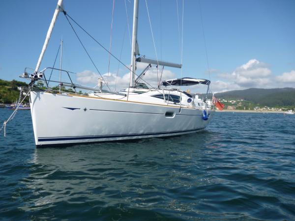 Jeanneau Sun Odyssey 42 DS Length: 42 feet. Year: 2007