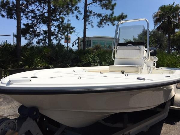 2016 Mako boat for sale, model of the boat is 21 LTS & Image # 1 of 7