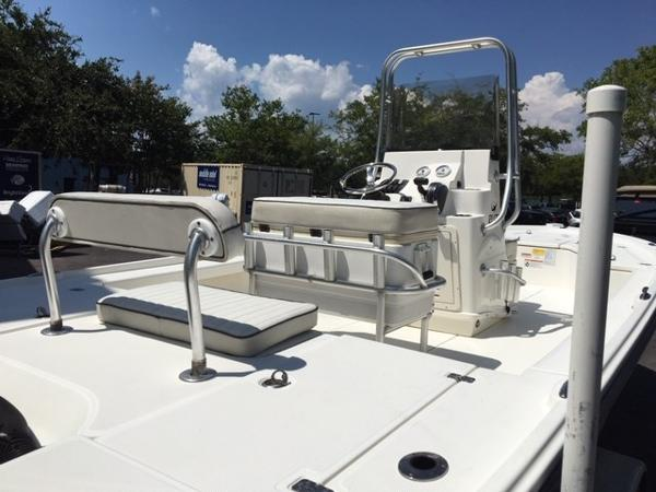 2016 Mako boat for sale, model of the boat is 21 LTS & Image # 4 of 7