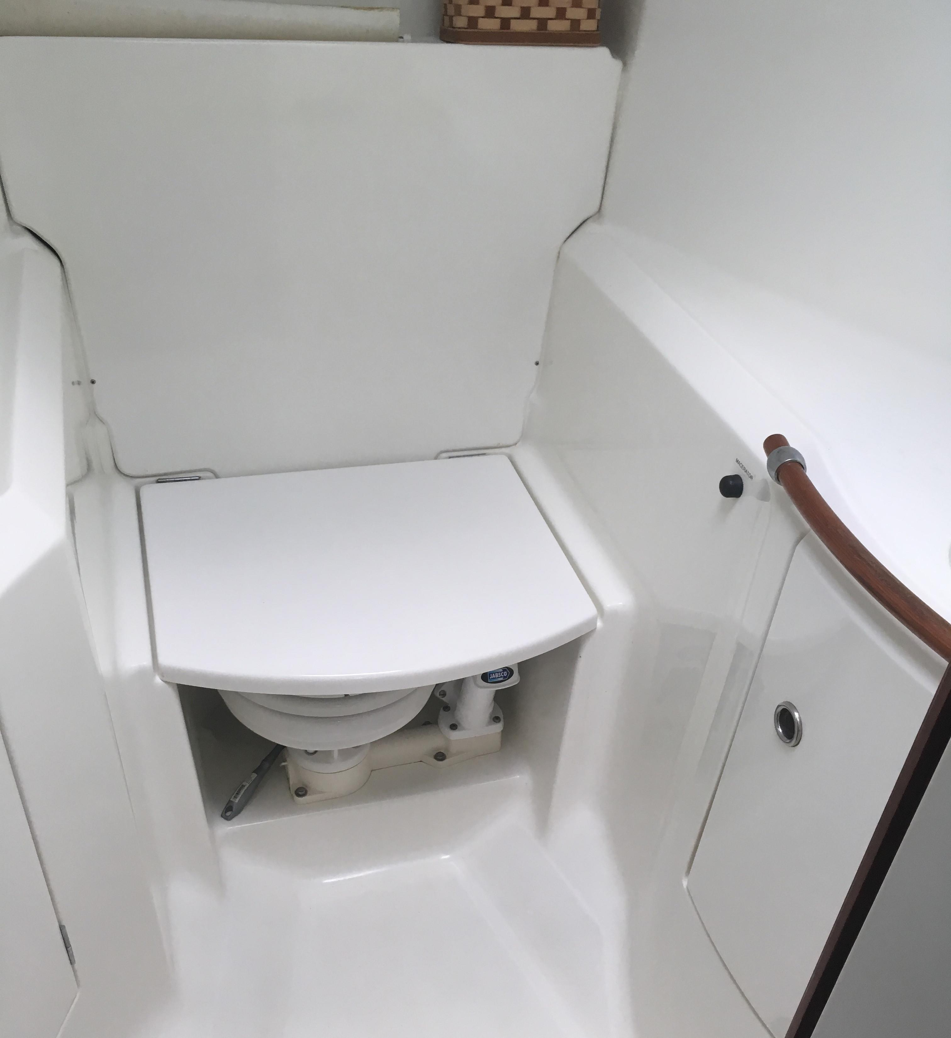 Forward Head with Shower Seat Down
