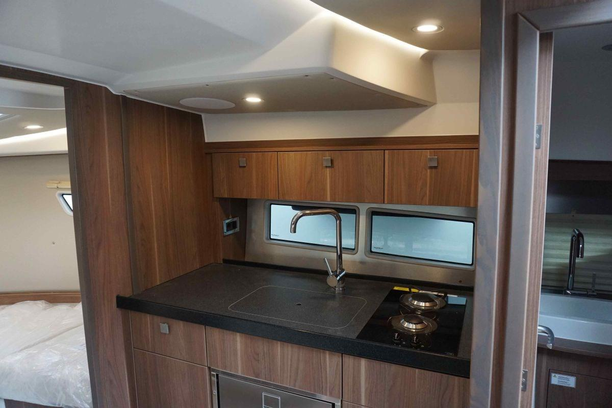 Sealine S330 Galley