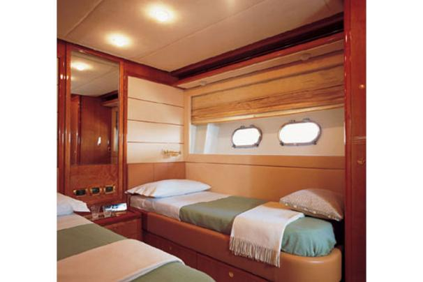 Manufacturer Provided Image: Twin Cabin