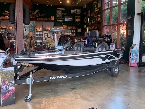 2020 Nitro boat for sale, model of the boat is Z17 & Image # 2 of 88