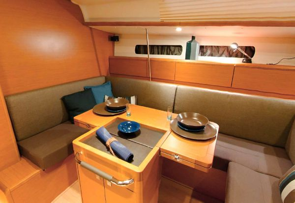 Jeanneau 449 Sell Purchase