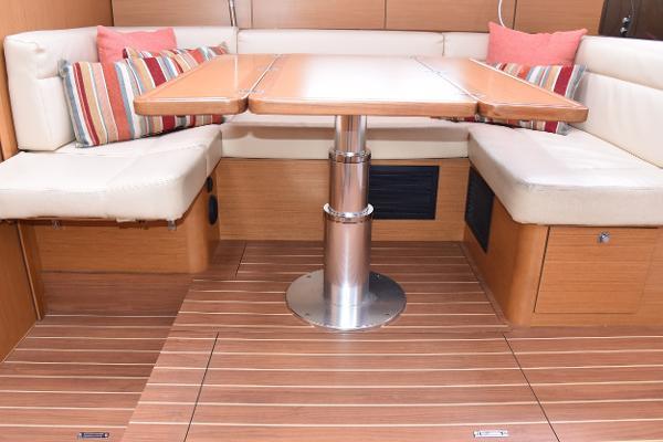 Jeanneau 50DS Sell BoatsalesListing